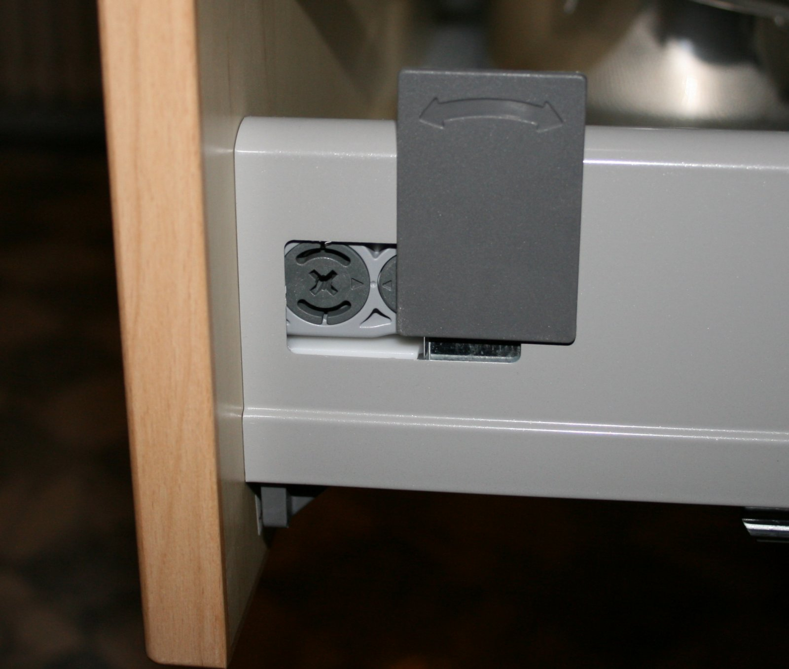 IKEA Rationell Faktum Kitchen Cabinets: How to disassemble ...