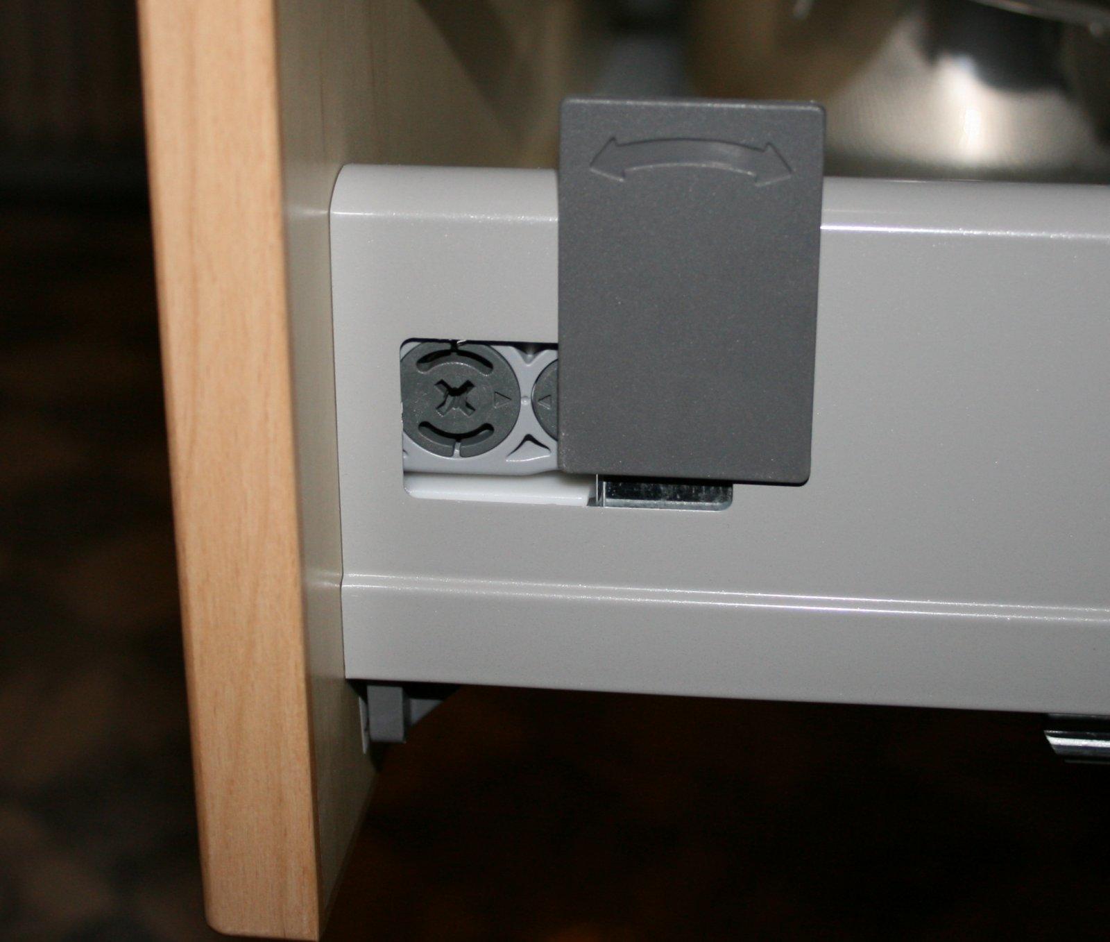 ikea rationell schubladen ausbauen schlitzflitzer. Black Bedroom Furniture Sets. Home Design Ideas